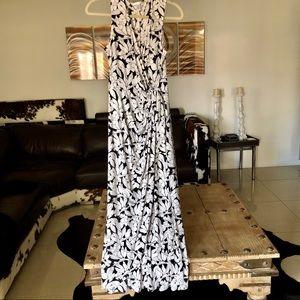 London Times black white floral wrap maxi dress 10